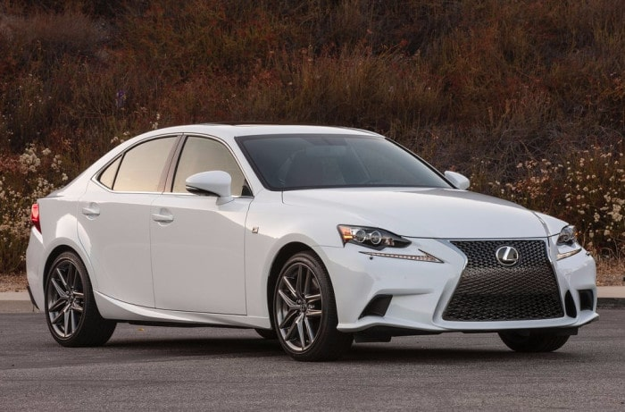 Lexus IS200t Formatted